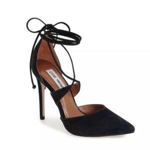 EUC Steve Madden Black Raela Pointed Heels 6.0M